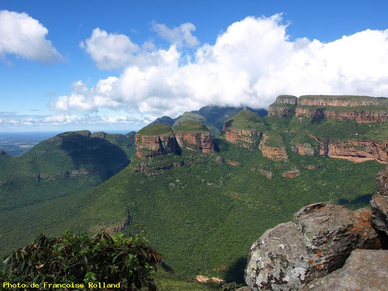 ZOOM : Les 3 rondawels - Blyde river canyon