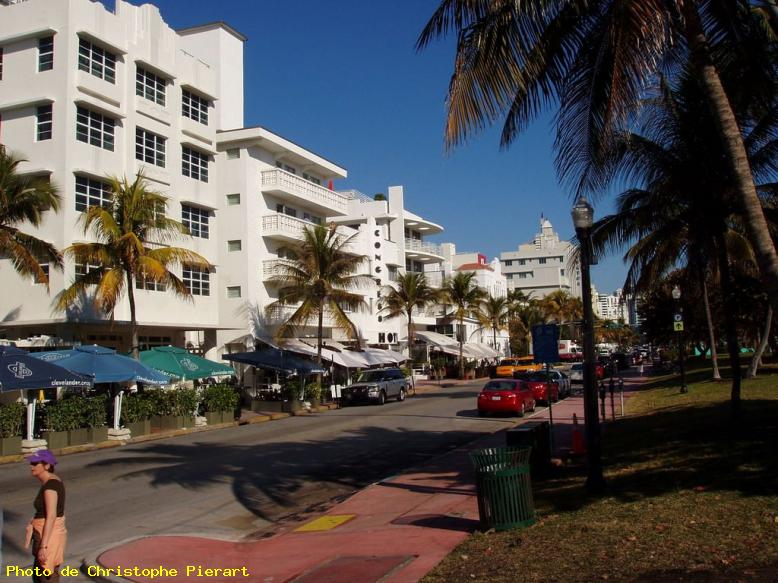 ZOOM : Ocean drive - Miami beach