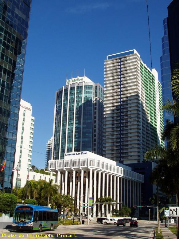 ZOOM : Lydecker law firm;; brickell avenue - Miami