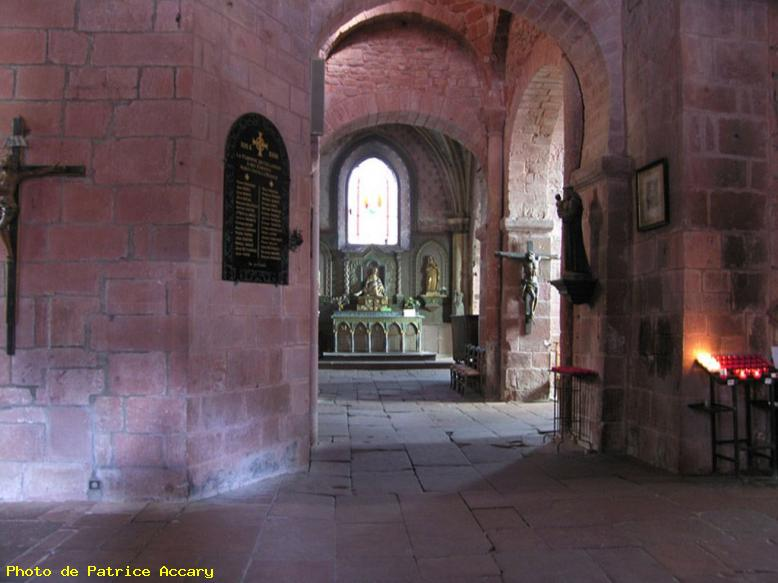 ZOOM : Interieur eglise - Collonges
