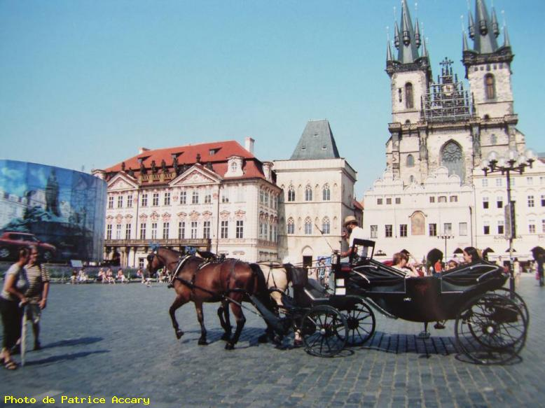 ZOOM : Caleche - Prague