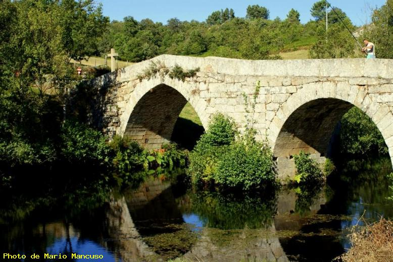 ZOOM : Pont romain - Montalegre