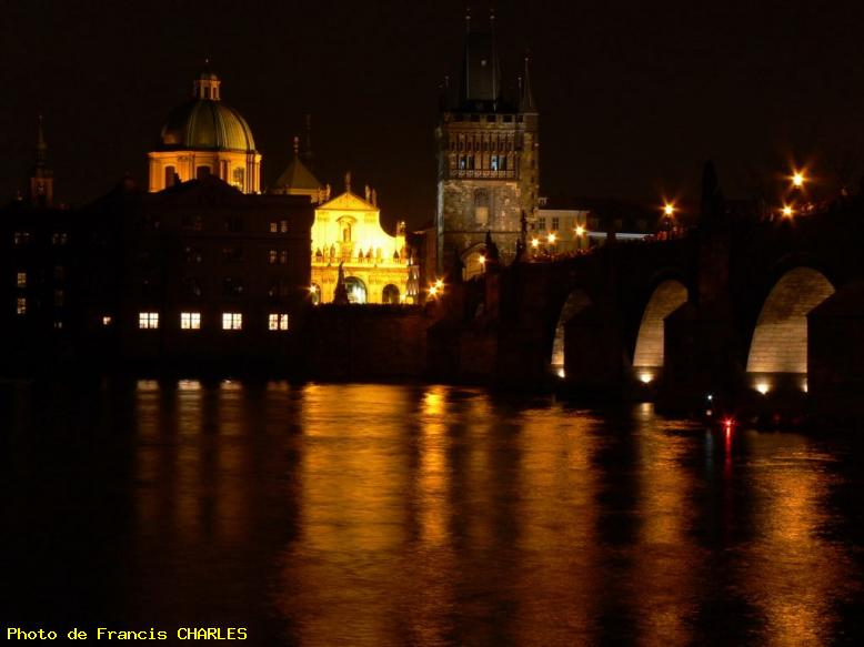 ZOOM : Pont charles - Prague