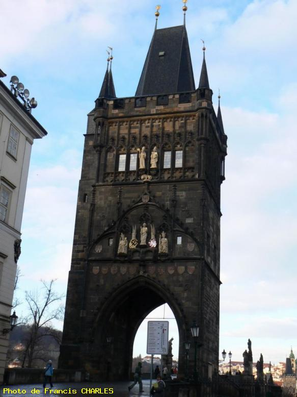 ZOOM : Tour du pont charles - Prague