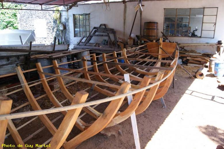 ZOOM : Fabrication d'une barque - Grand gaube