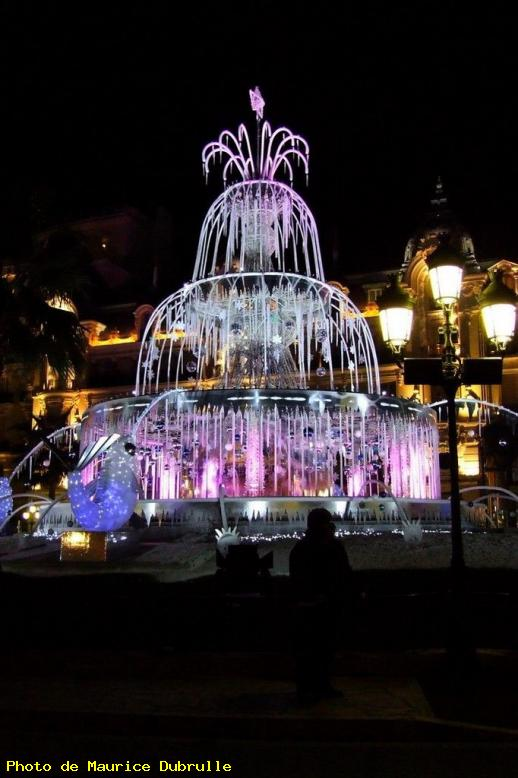 ZOOM : Fontaine fausse - Monaco