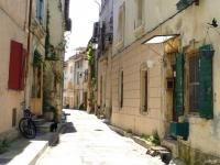 Rue Saverien. - Arles