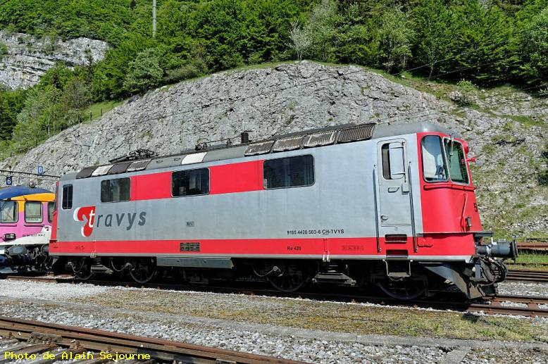 ZOOM : Locomotive re4/4ii - Vallorbe