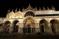 basilique st marco by night - VENISE