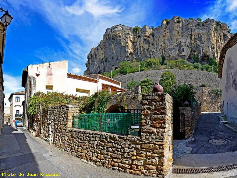 Panoramique de 150° - Grande Rue - Mornas - ( Vaucluse - France ) -