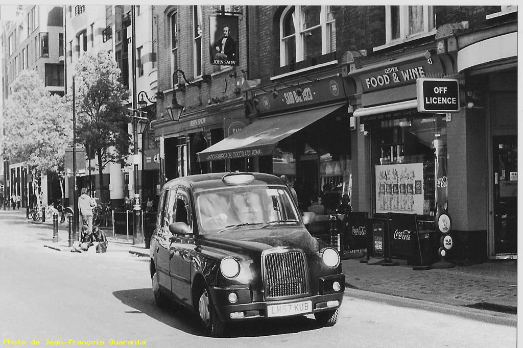 Old taxi - Londres