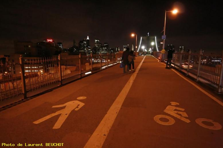 ZOOM : Pont de brooklin by night - Brooklin